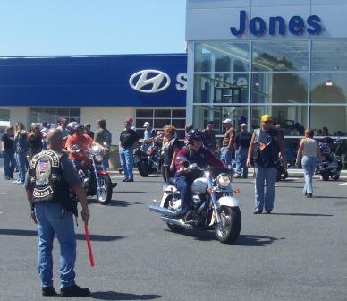 Directling traffic into Jones Junction