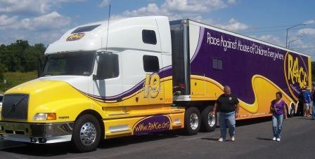 TEAM RAACE truck