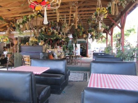 wild woodys tables outdoor boothes