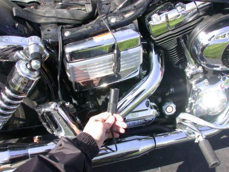 plug 12 volt cigarette lighter plug into battery tender