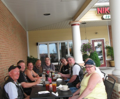 lunch at Nikolas cafe withfirst state hog