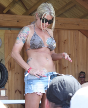 pretty blonde chickwith tattoo on pelvis and everywhere else