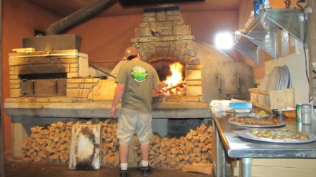 making pizza at mountain state brewing company