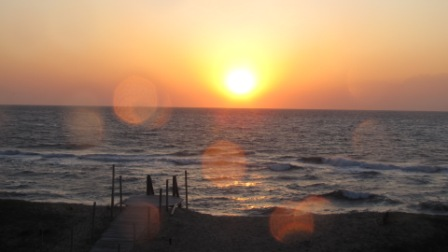 The sun rise cape hatteras over the ocean