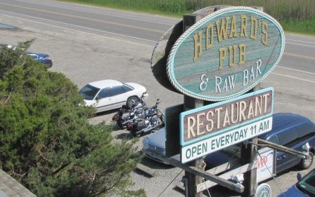 Howard's Pub Sign