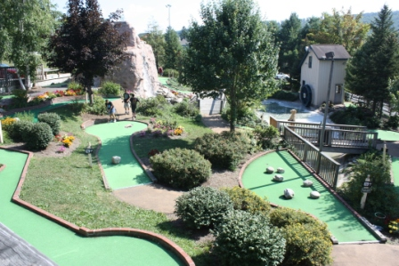 dcl mini golf
